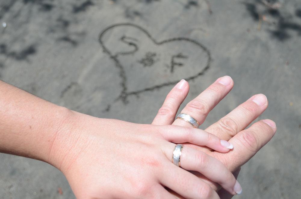 viaje de novios anillos