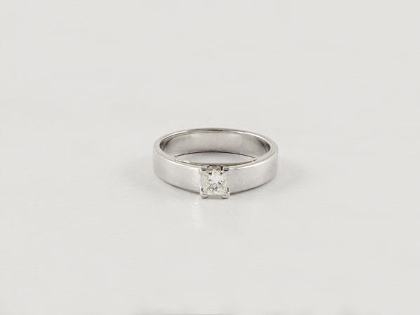 anillo-de-compromiso-joyeria-biendicho-valencia-3